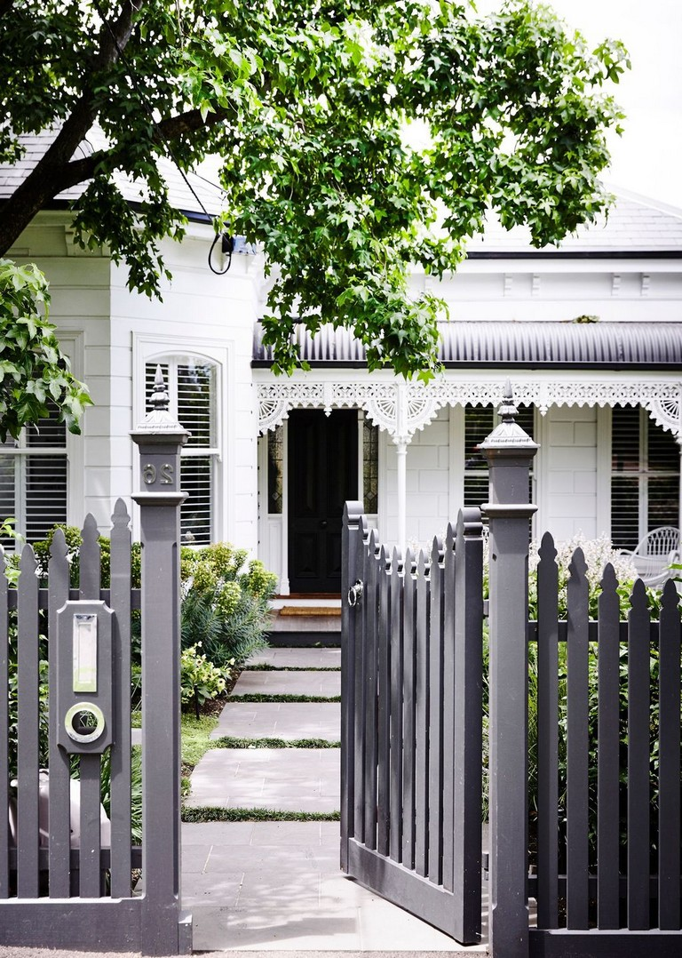 31 The Top Front Fence Ideas For Your Home